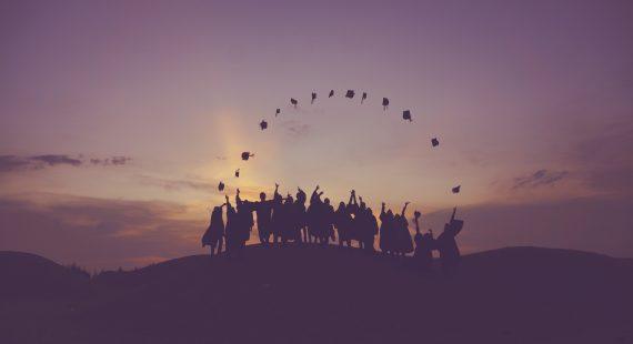 高教文憑掂一掂,「薪」動了嗎?